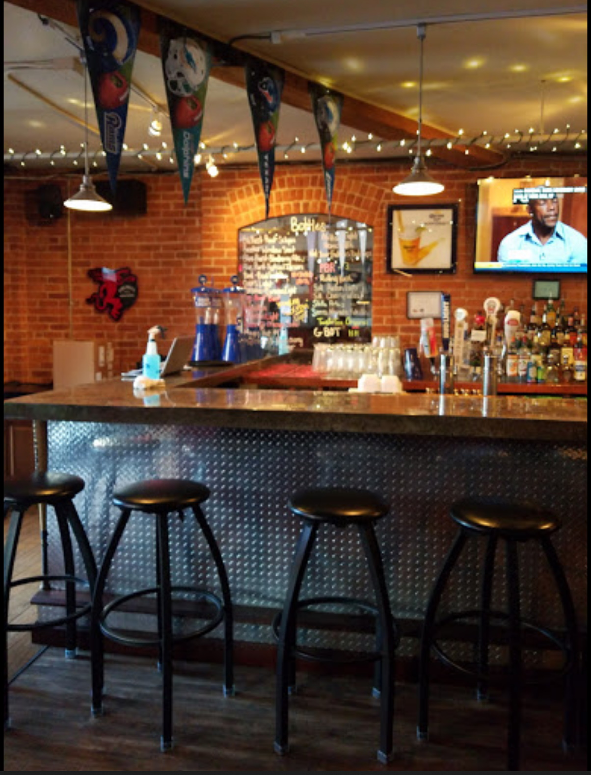 Wing It On Tap - New Owner | Naugatuck Ct